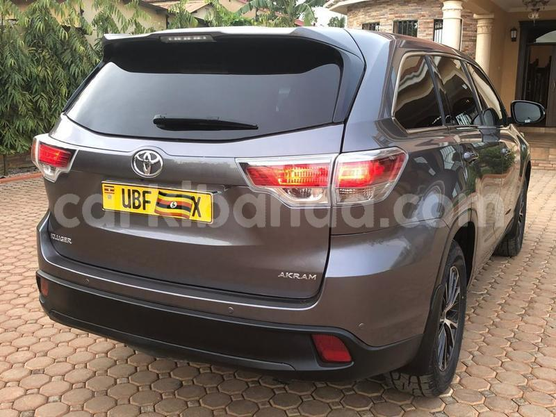 Big with watermark toyota kluger uganda kampala 10345