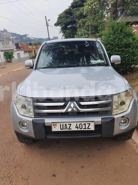Big with watermark mitsubishi pajero uganda kampala 10346