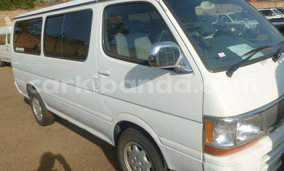 Buy Used Toyota HiAce White Truck in Arua in Uganda