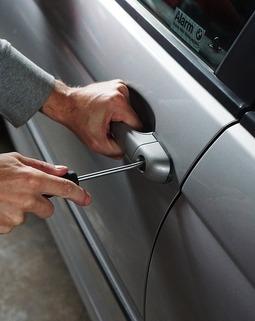 Thumb car 1590508 960 720